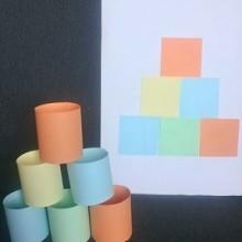 7. Wieża z kolorowych krążków
